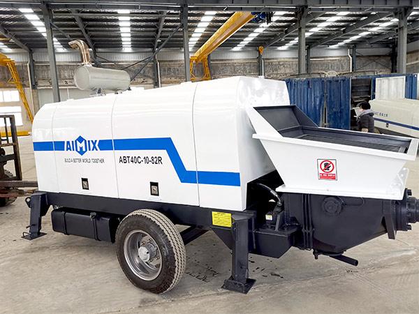 Ямайка: бетононасос прицепной 40 м3/ч